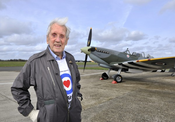 WW2 Spitfire ace takes to the sky today over London