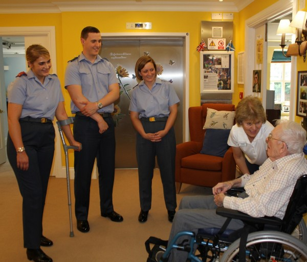 RAF personnel meeting Navy veteran Bil