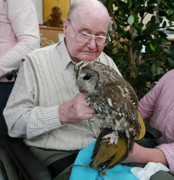 Care for Veterans' resident, Ted Bullen, with an 'Owl About Town'