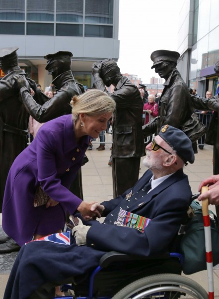 HRH The Countess of Wessex meets Jim Wright Photo credit Blind Veterans UK